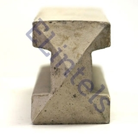 SP8i Slotted intermediate concrete fence post